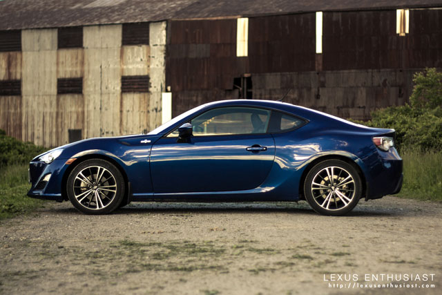 13-06-27-lexus-fr-s-side-profile-thumb.jpg